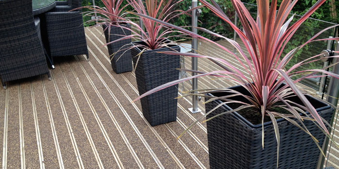 Slip Resistant Decking – Sandalwood