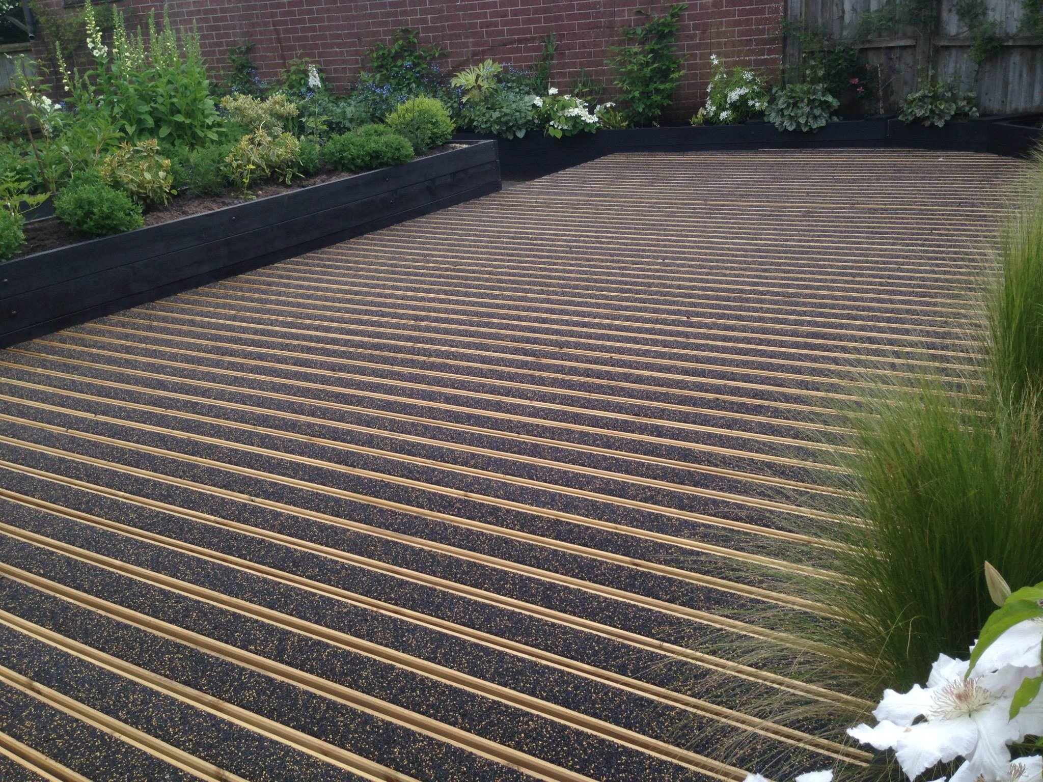 Slip resistant decking homepack w 120mm l 1400mm t for Non wood decking boards